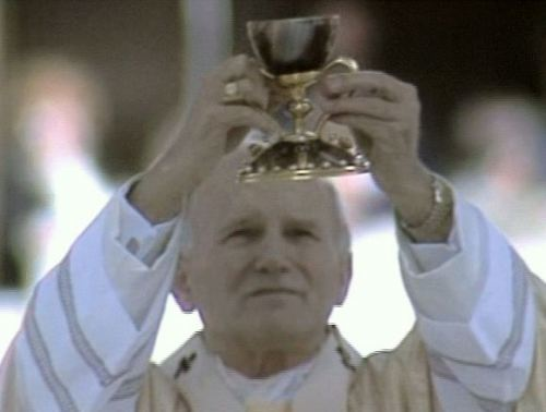 John Paul II celebrating Mass with Santo Caliz